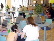 インターネットカフ&パソコントータルサービスK-wave