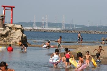 8月3日柏崎の海が元のようににぎわうことを願って