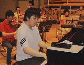 若手ピアニスト安齋周(あんざいあまね)さん