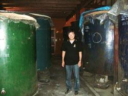 阿部酒造のタンクです